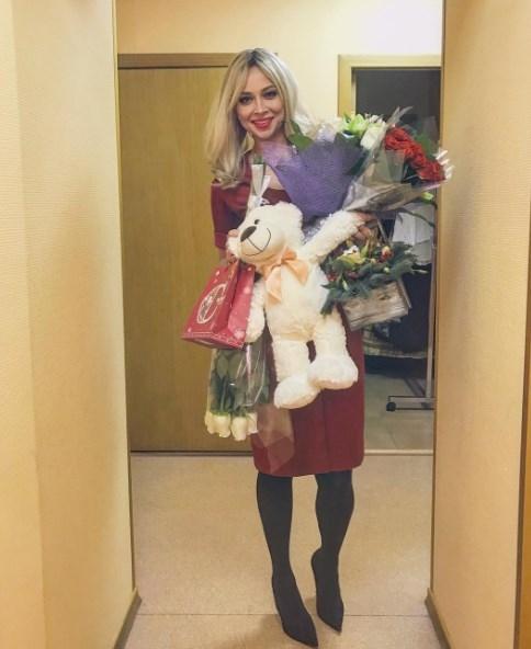 Скандальная Настасья Самбурская признана звездой Instagram - фото №1