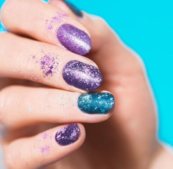 Тени для ногтей