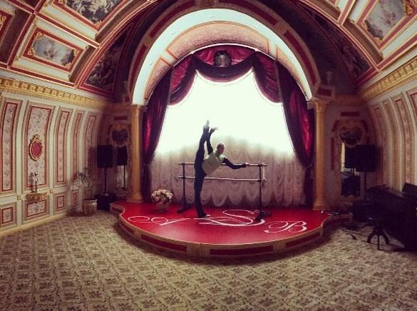 Волочкова показала домашний театр и ФОТО в неглиже - фото №2