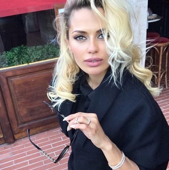 Виктория Боня раскрыла секрет выразительного взгляда: новый блог телезвезды (ВИДЕО) - фото №1