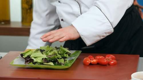 Запеченный лосось и салат с лососем в соусе понзу - фото №12