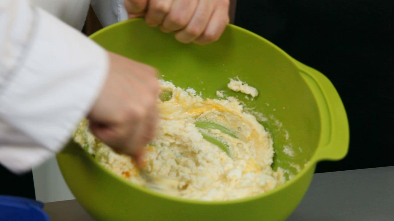 Золотые рецепты звезд: фирменные сырники от Юзика - фото №2