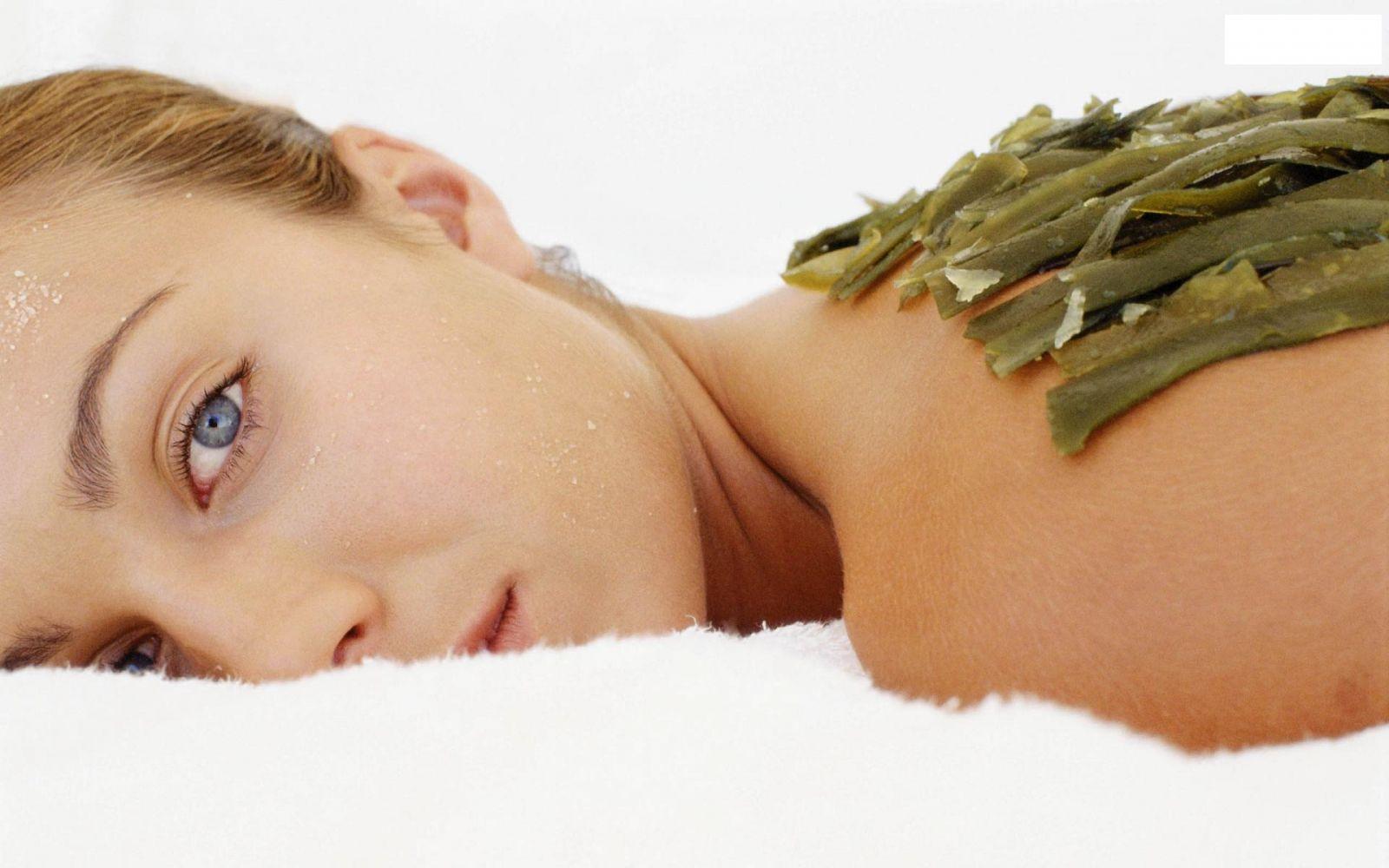 Как ухаживать за кожей груди - фото №2