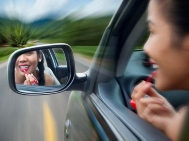 Шесть советов начинающим женщинам-водителям - фото №2