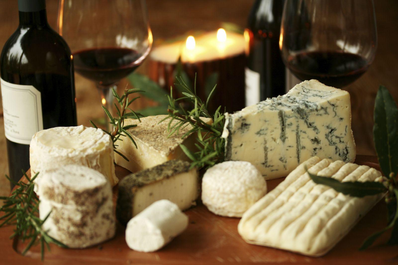 Как правильно сочетать сыры с вином - фото №1