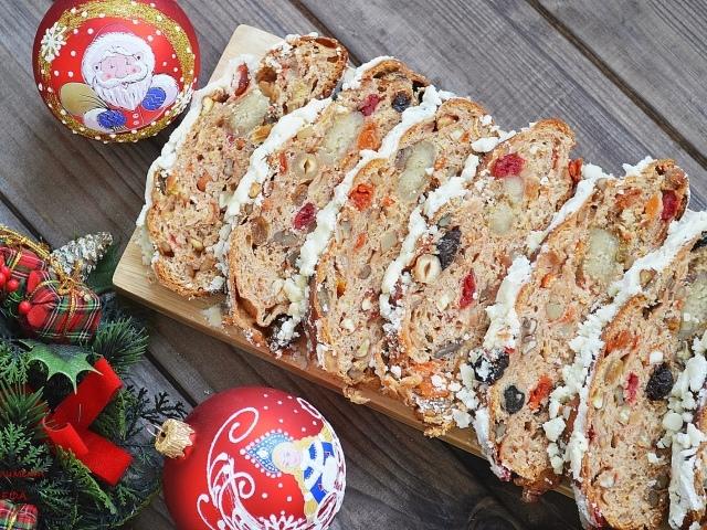 Традиционный рождественский кекс: как приготовить вкуснейший штоллен - фото №1