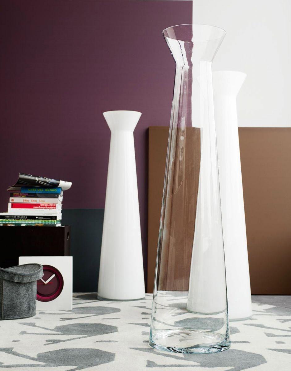 Тренд в интерьере: крупные вазы - фото №12