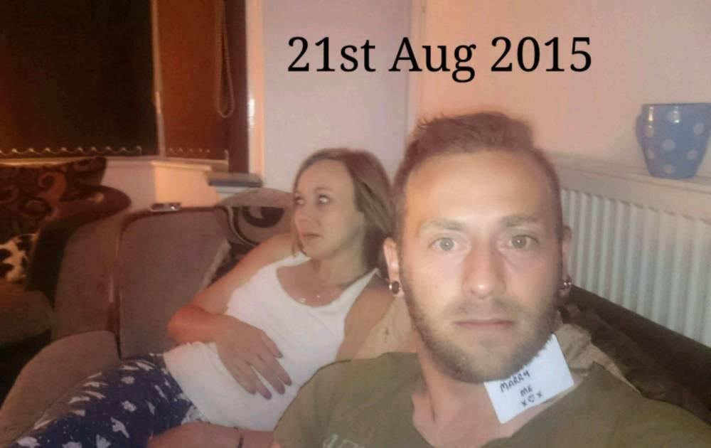 Скрытая миссия: британец 5 месяцев незаметно делал предложение возлюбленной - фото №1
