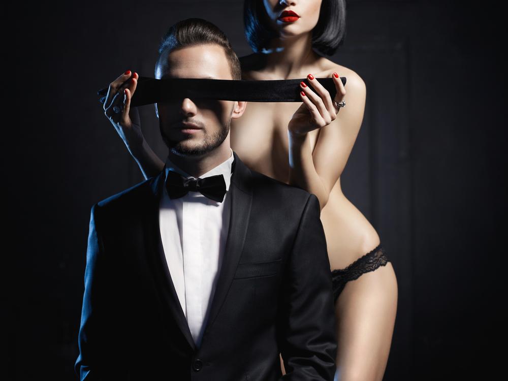 Завязывать глаза мужчине во время секса
