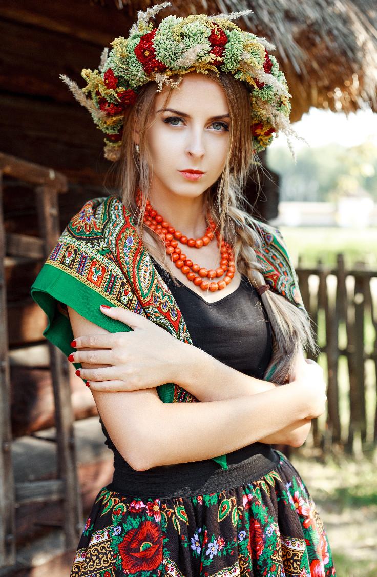 Женская шапка -берет: модная зимняя модель