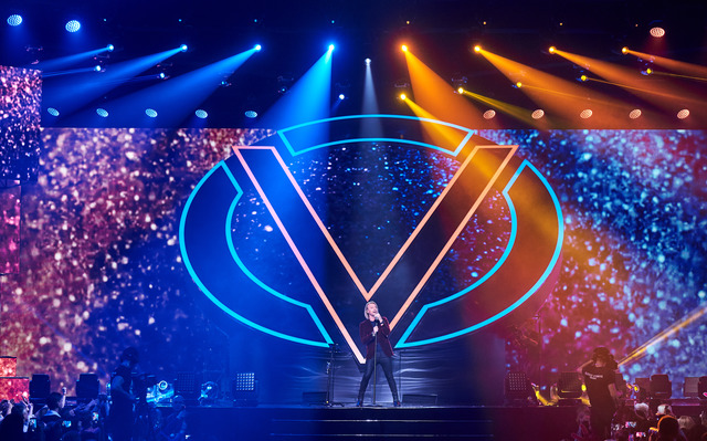 Как это было: Олег Винник выступил с сольным концертом во Дворце спорт
