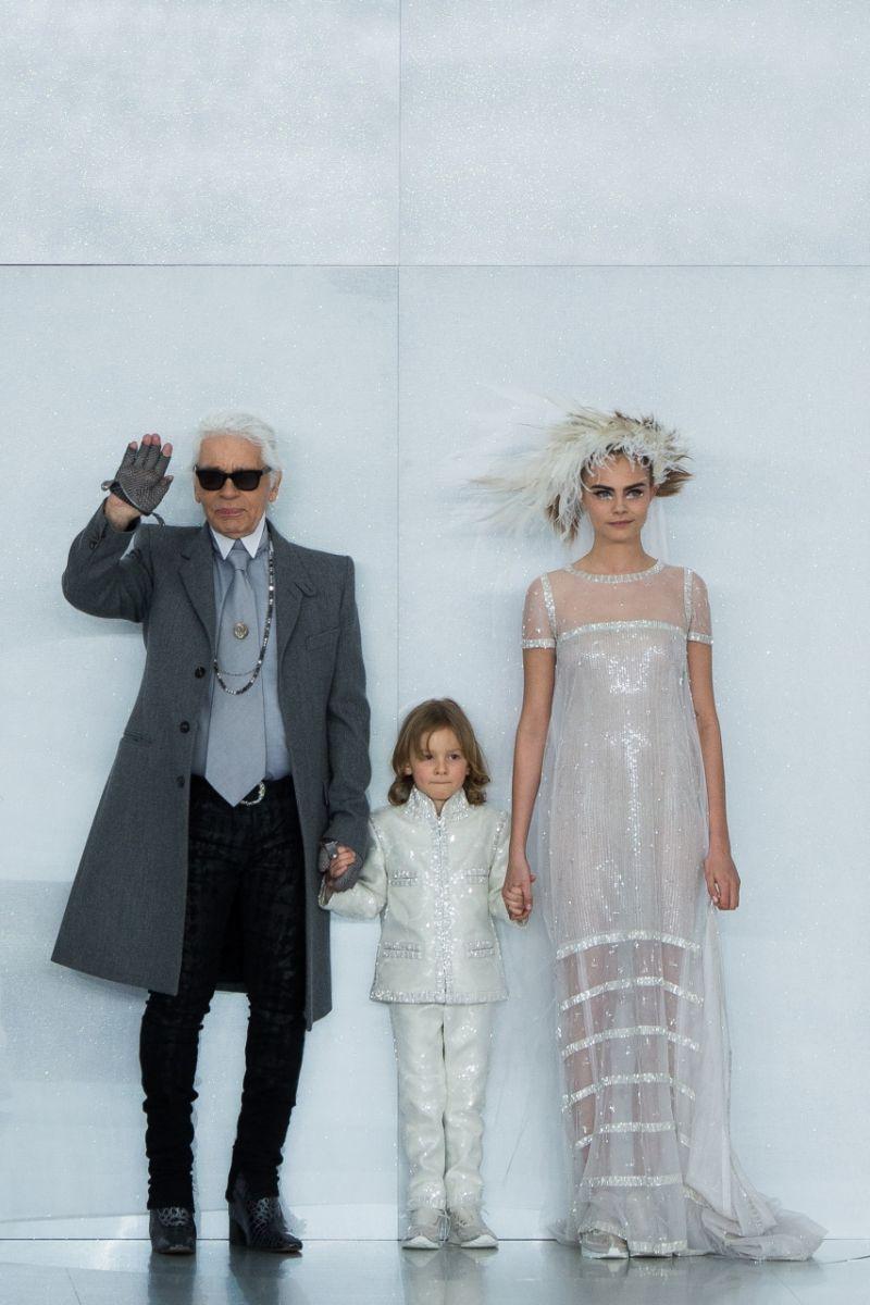 Неделя высокой моды в Париже: Chanel весна-лето 2014 - фото №1