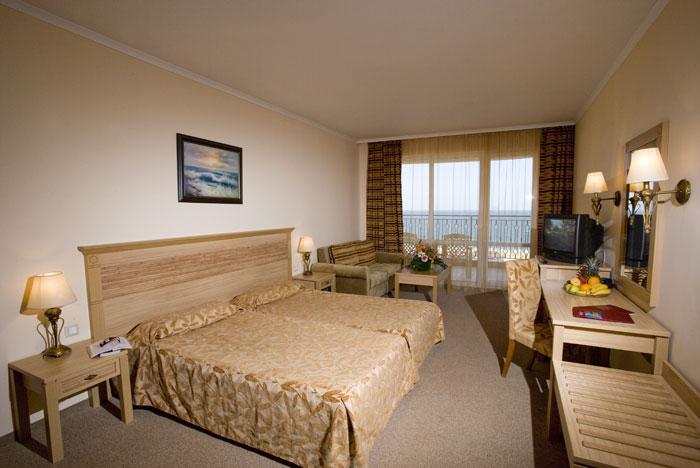 Лучшие отели мира: Majestic Hotel & Residence 4* - фото №1