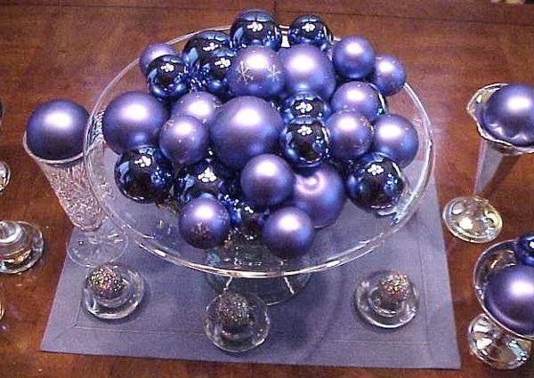 Украшение праздничного стола в год Синей Деревянной Лошади - фото №1