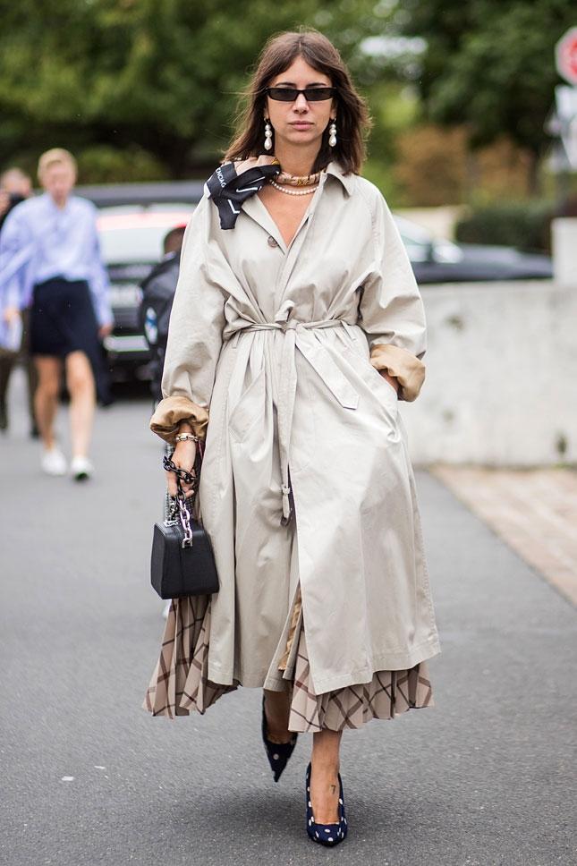 Скромное очарование буржуазии: как носить жемчуг с шейным платком в стиле принцессы Дианы
