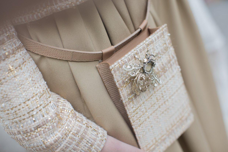 Нежные остроты: украшения в виде пчел на Неделе высокой моды в Париже