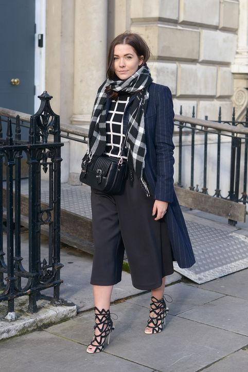 Тренд: модные брюки-кюлоты - фото №28