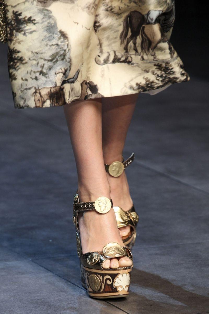 Клатч-монета от Dolce&Gabbana - фото №4