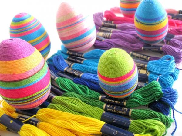 Как красиво красить яйца на Пасху: лучшие идеи - фото №15