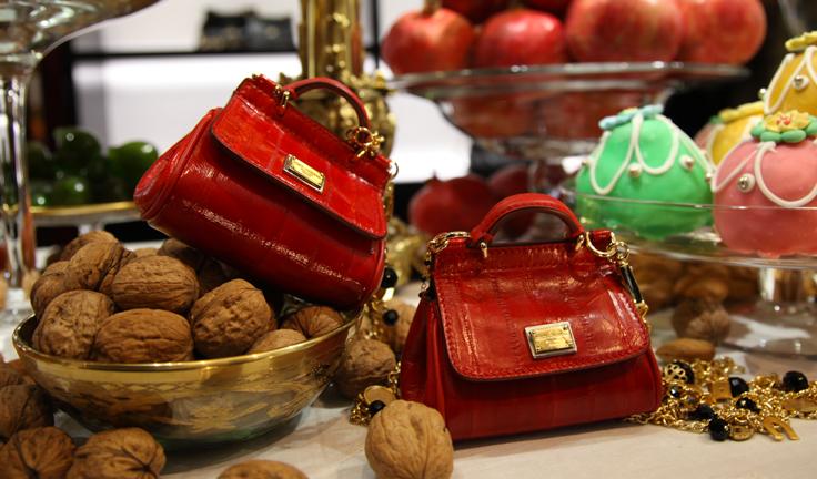 Рождественские аксессуары от Dolce&Gabbana - фото №3