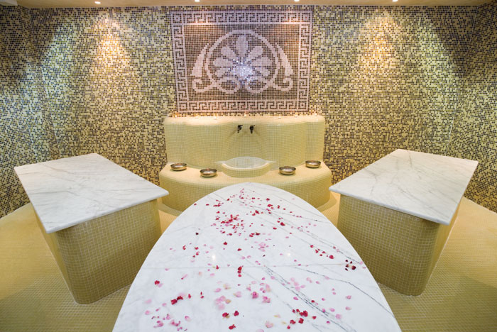 Лучшие отели мира: Majestic Hotel & Residence 4* - фото №11