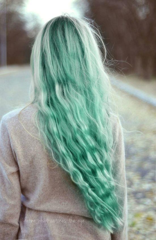 Как стать русалкой или красим волосы в главный цвет 2017 года - фото №4