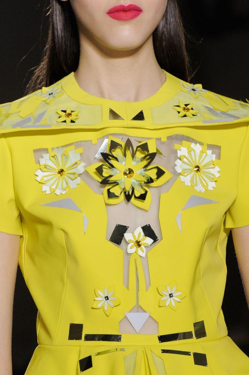 Платье с цветочной перфорацией John Galliano - фото №1