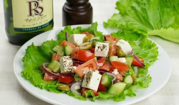 Греческий салат: лучшие рецепты - фото №1