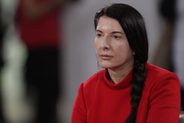 Дети и семья мешают карьере: взгляд на жизнь известной художницы Марины Абрамович разделил женщин на два лагеря - фото №1