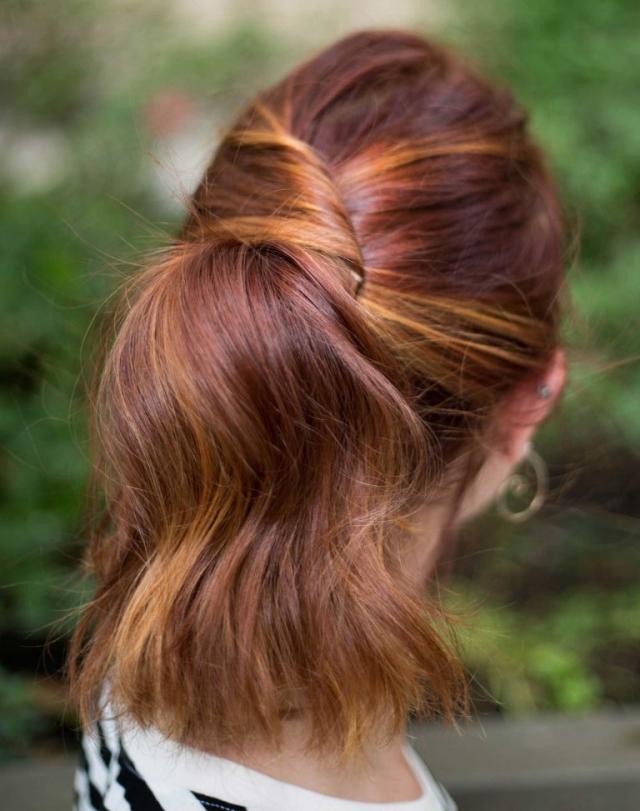 Легкая летняя прическа на длинные волосы 2016 хвост