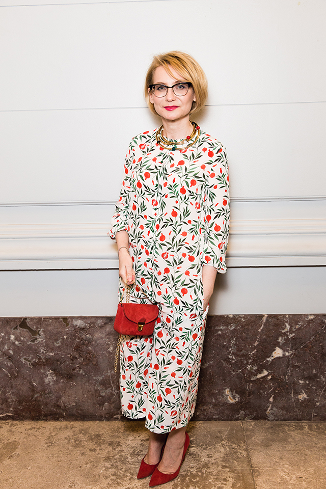 Кому больше идет платье Ulyana Sergeenko