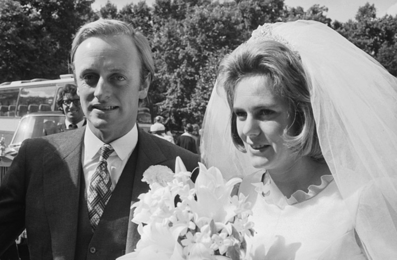 камилла паркер-боулз и первый муж