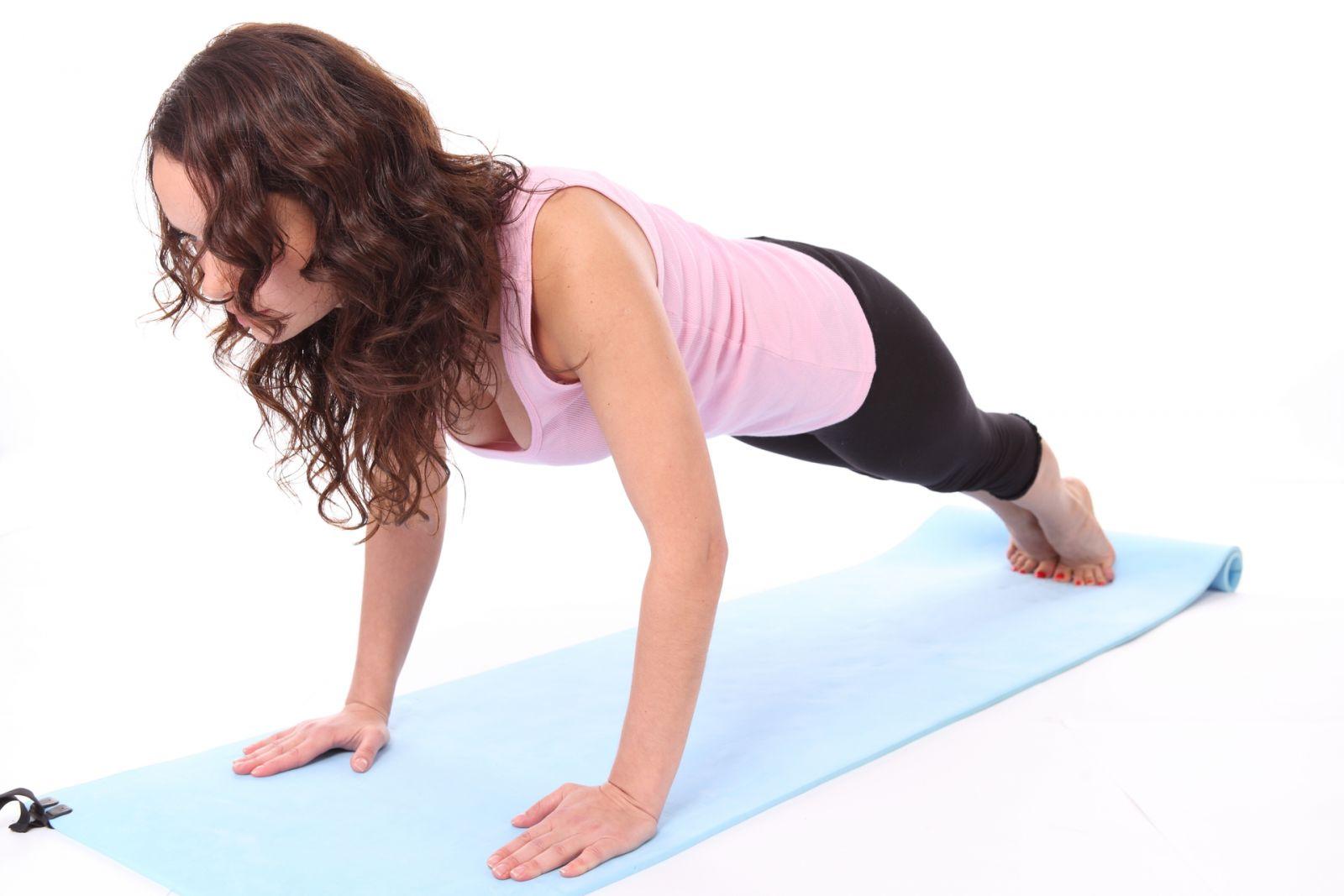Как укрепить мышцы груди - фото №1
