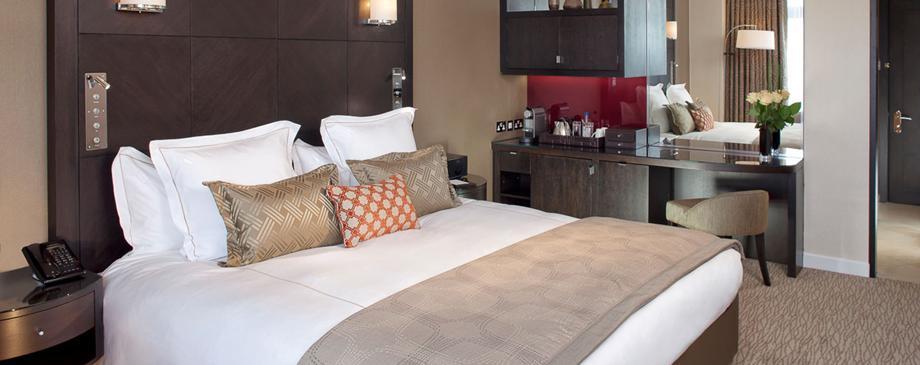 Лучшие отели мира: Jumeirah Carlton Tower 5* - фото №1