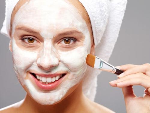 Глинянные маски для лица: разбираемся в тонкостях и улучшаем кожу лица (+ПОДБОРКА СРЕДСТВ) - фото №1