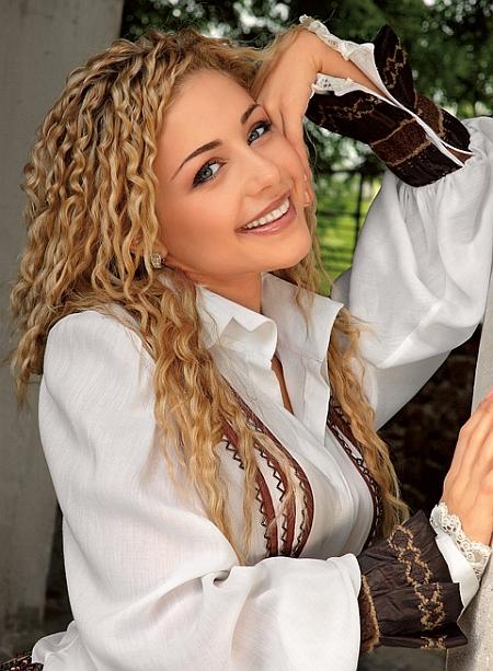 Тина Кароль готова сняться в кино - фото №1