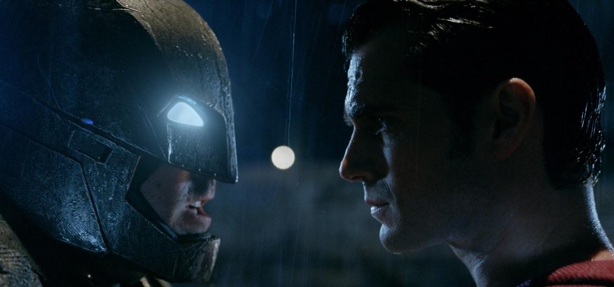 Рецензия на фильм «Бэтмен против Супермена»: почему этот бой станет решающим для зрителя - фото №2