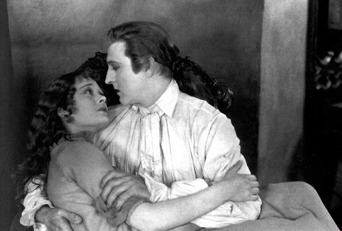 День поцелуя: самые известные поцелуи всех времен и народов - фото №3