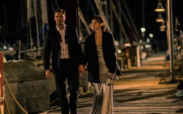 Романтический февраль в кино: влюбленность из космоса, возвращение БДСМа и немного ужасов во имя любви - фото №1