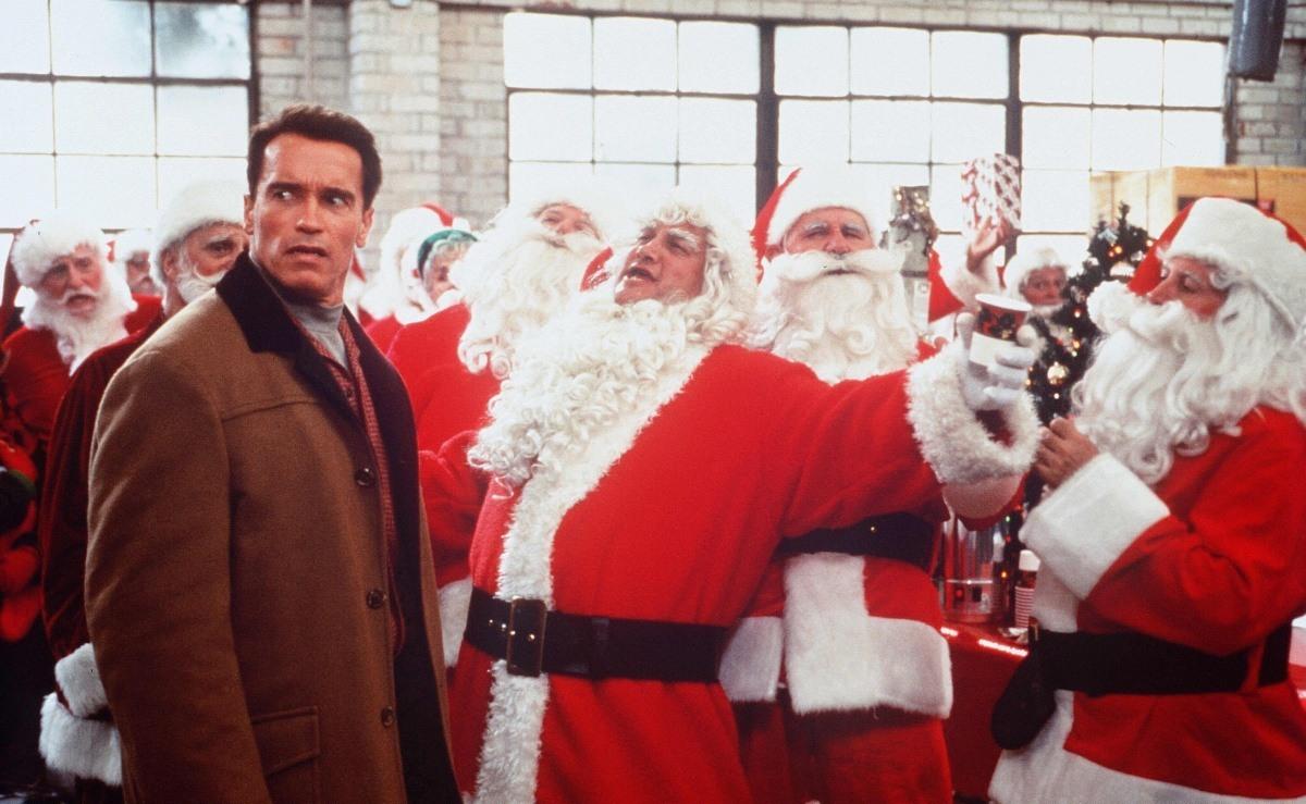 Что посмотреть на праздники: 10 легких фильмов - фото №2