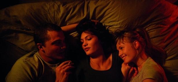 Фильмы с настоящим сексом в кадре: неподдельная эротика, о которой знали не все - фото №9