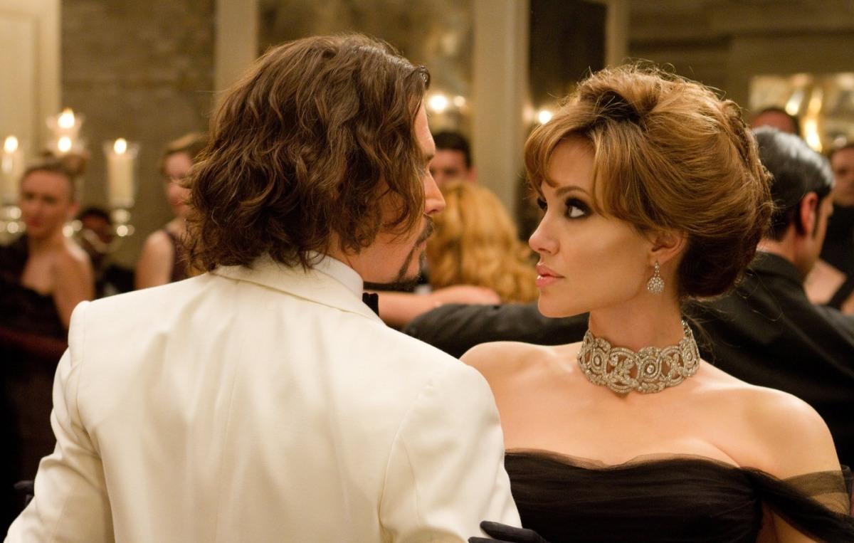 Что посмотреть: лучшие фильмы с Анджелиной Джоли - фото №5