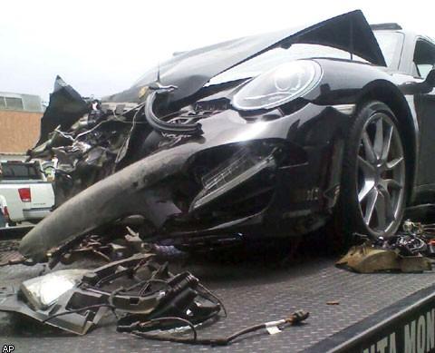 Линдси Лохан пережила автокатастрофу - фото №1