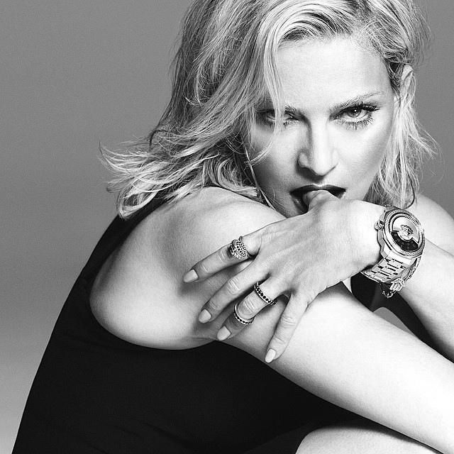 Почему 56-летняя Мадонна стала лицом Versace - фото №1