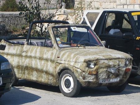 Тюнинг для леди: авто в шубке - фото №1