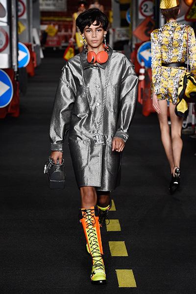 Неделя моды в Милане 2015 модные плащи