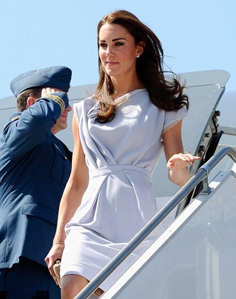 Голосуем! Герцогиня Кэтрин сменила 3 образа за день