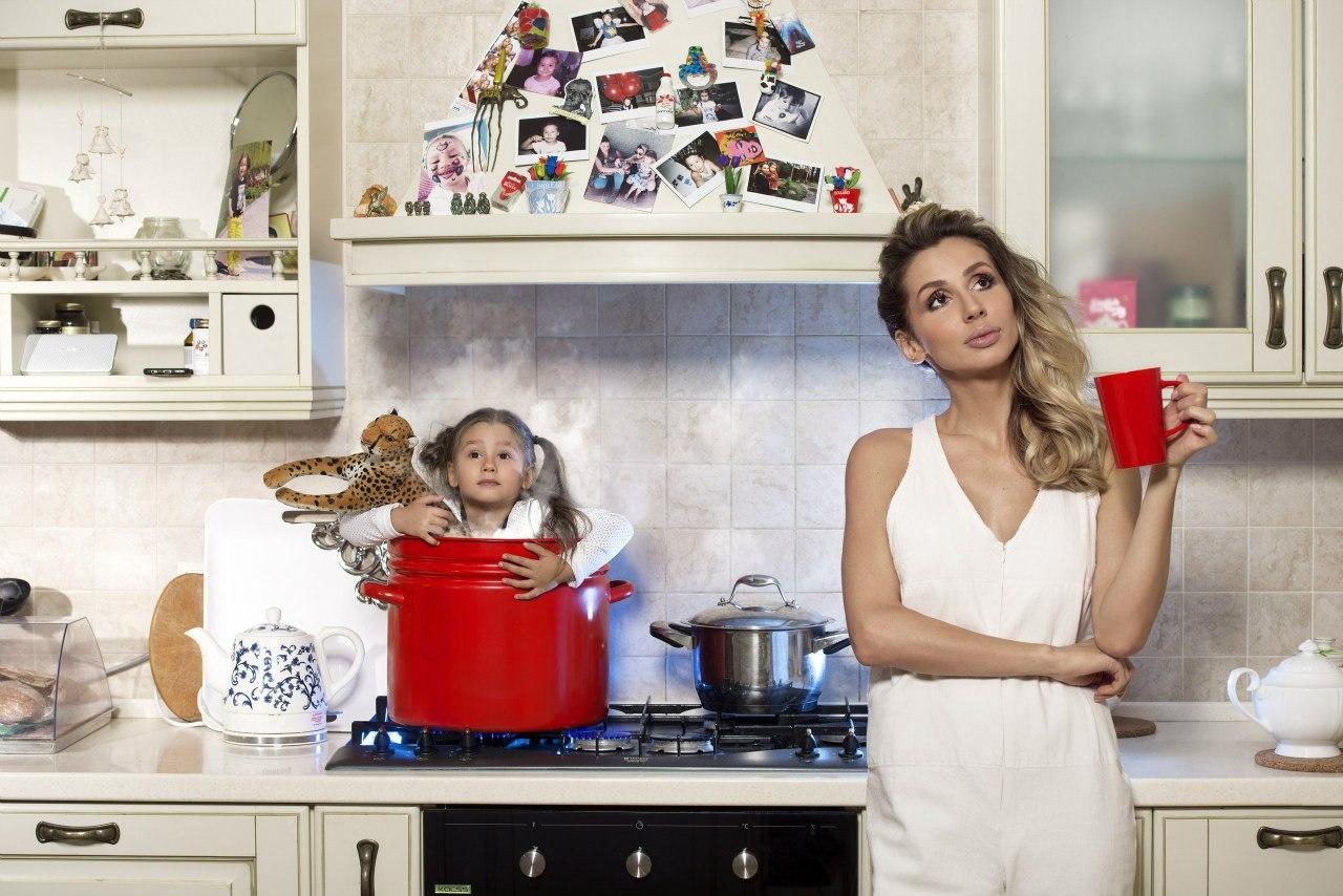 LOBODA рассказала, как они с Андреем Царем воспитывают свою дочь - фото №4