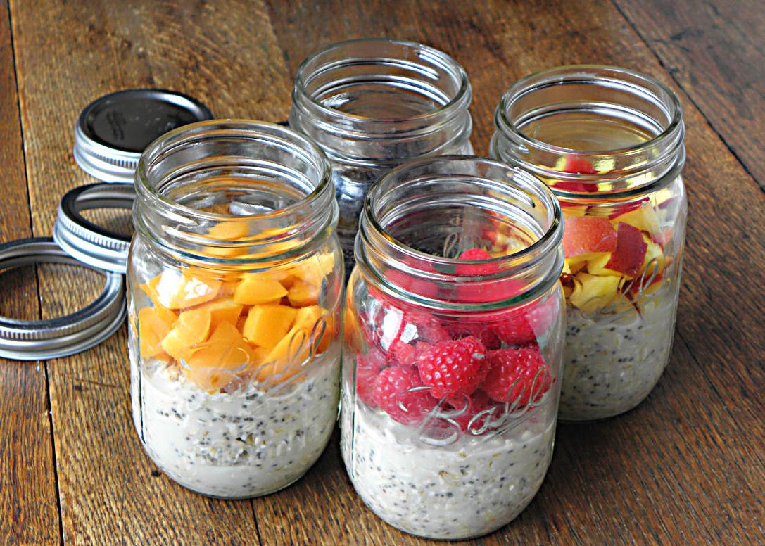 Как приготовить завтрак в банке: ленивая овсянка - фото №1
