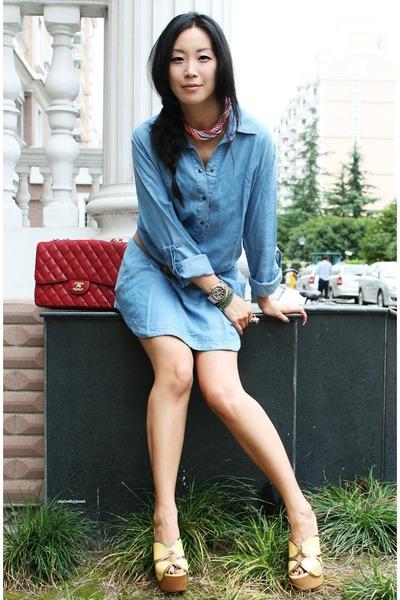 Топ 20 модных весенних платьев из денима - фото №6
